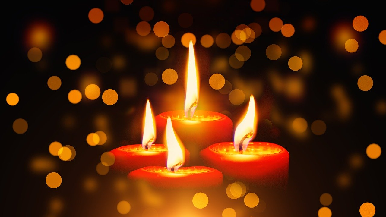 candles-1891197_1280